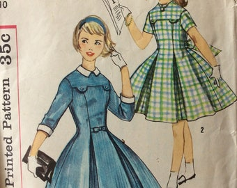 Simplicity 2629 girls dress size 14 bust 32 vintage 1950's sewing pattern  Uncut  Factory folds