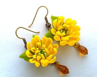 Chrysanthemum earrings. Clay flowers. Floral earrings. Gift for women.