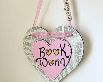 Hanging Heart- Wooden heart- Bookworm- Present- Gifts for her- Love Heart- Girlfriend- Decoration- Shabby Chic- Cottage