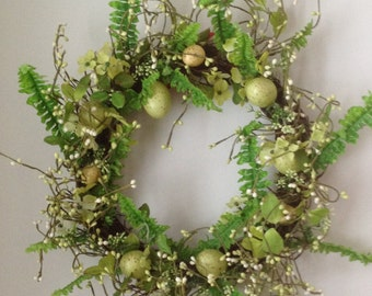 Easter wreath /  spring wreath / Made in Maine