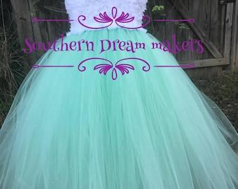 Flower girl Tutu Dress, Shabby Chic flower girl dress, MINT GREEN white Flower girl dress, Wedding Dress, Mint green White tutu