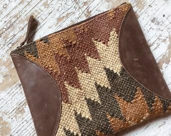 VINTAGE KILIM CLUTCH // Turkish Kilim Bag Leather Kilim Handbag Boho Southwestern Purse Turkish Textile Handmade Purse Ethnic Wallet