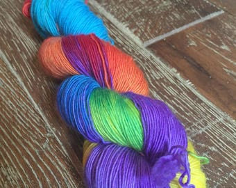 Hand Dyed Superwash Merino Singles Sock Yarn, 100g/3.5oz, 'Horse of a Different Color', Wizard of Oz