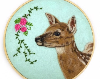 Fawn Wall Art, Deer Art, Embroidery Hoop Art, Deer Nursery, Deer Wall Hanging, Wool Painting, Fawn Nursery, Deer Decor, Animal Lover