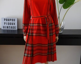 Robe vintage tartan rouge ecossais made in France taille 38 - uk 10 - us 6