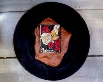 Vintage French Beret 'Bakarra' Dark Blue Lambs Wool France Hipster Artist Painter Knight Tres Chic Tilt Hat