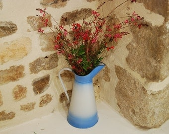 Vintage French enamelware water jug in blue and white enamel. Traditional French enamelware in good condition. French farmhouse.