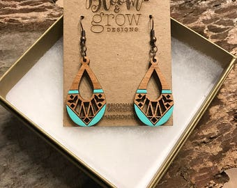 Wooden Earrings - Turquoise Lace Teardrop