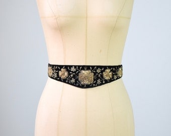 1970s Indian velvet belt with beads and embroideries / black velvet belt / vintage Indian embroidery