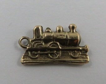 Old Fashioned Locomotive 9K Gold Vintage Charm For Bracelet