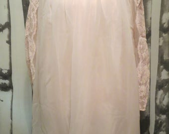 1960's Pink Nightie and Robe