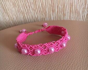 Macrame bracelet, pink bracelet, macrame jewellery, pink beads, adjustable bracelet, knotted bracelet