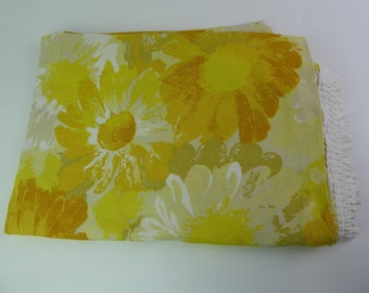 Bedspread / fringed throw Mid century, single/ twin, mod flower, bright yellow, cotton rich