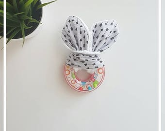 Rattle with rabbit ears