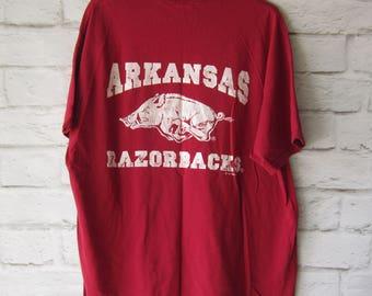Vintage Arkansas Razorbacks T Shirt - University of Arkansas  Red T- Size Extra Large Slouchy Tee College Football