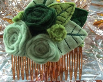 Handmade Vintage Style Green Rose Felt Hair Comb