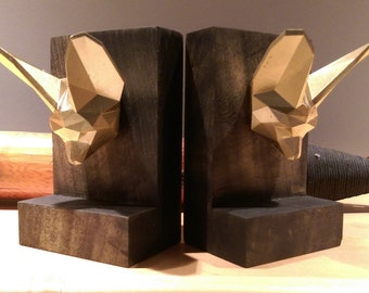 Rustic Wood Bookends with Faceted Low-Poly Fennec Fox Accents