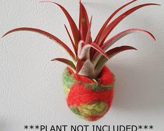 Fridge Magnet. Magnetic planter. Small planter. Air Plant Holder. Felt Vase. Office decor. Gift for mom. Hostess gift. Fiber art. Desk decor