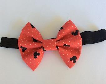 Minnie Mouse bow, Disney bow, baby headband