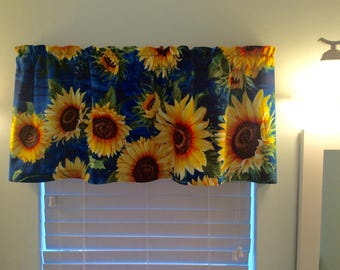 Sunflower Window Valance-Sunflowers-Sunflower Decor-Sunflower Curtains-Kitchen Curtains-Bathroom Curtains-Bedroom Curtains
