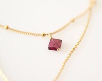 Garnet Necklace, Dainty Garnet Pendant Necklace, Garnet Satellite Chain Necklace