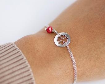 CLOVER, pulsera de plata y cristal-bracelet silver clover-hecho a mano