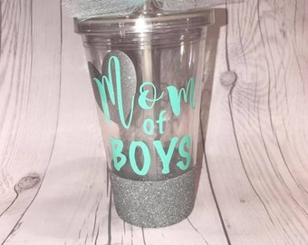 Personalized Tumblers/ Glittered Tumblers/ Plastic Tumblers/ Mom Tumblers/ Mom of Boys/ Mom of Girls/ Mom Cup