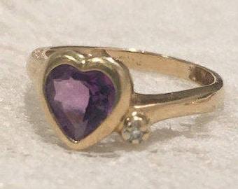 Sale! 14K Vintage Amythest and Diamond Heart Decor Ring