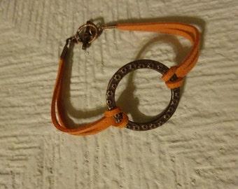 free Shipping/Suede Bracelet/Pumking Tone Suede Bracelet/Circle Bracelet/Teens Jewelry/Cord with big circle Bracelet