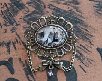 Cabochon pin Crane romantic Bronze