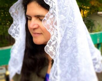 Catholic Mantilla / White Chiffon Veil / Chapel Veil for Church / Veils for Latin Mass / Mass Veil / Catholic Gifts for Her / Catholic Veils