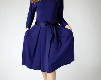 Navy casual dress with kimono style long sleeves, dark blue sleeve dress, navy dress long sleeves, batwing midi dress, blue office dress