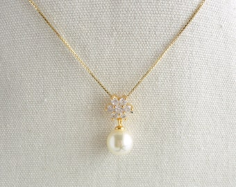 Flower 925 sterling silver necklace,Swarovski crystal pearl,tiny CZ crystal,Sweet and Cute,everyday wear