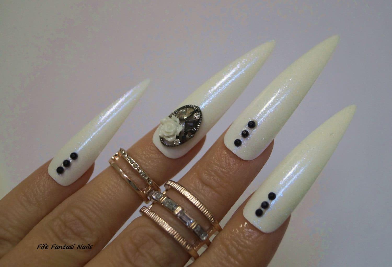 Extra Long stiletto Nails Stiletto nails Fake nail Kylie