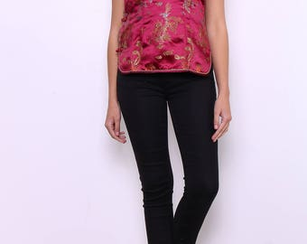 Sleeveless, traditional Chinese dragon patterned top