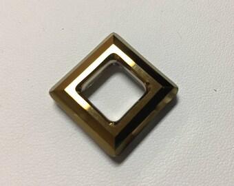 4439 Swarovski® 20mm Square - Dorado