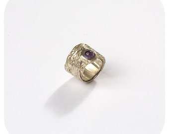 Handmade in law with Amethyst silver ring