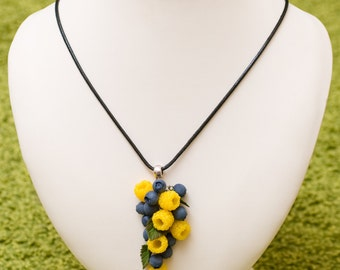 "Necklace ""yellow raspberries and blueberries"""