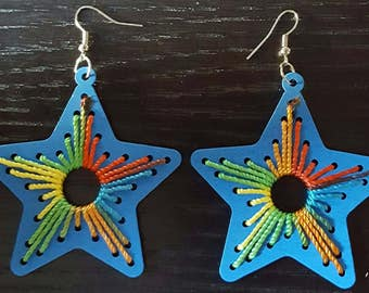 Blue polished wood multicolor string star shape earrings