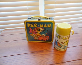 FREE SHIPPING - 1980 Pacman Metal Lunchbox with Thermos
