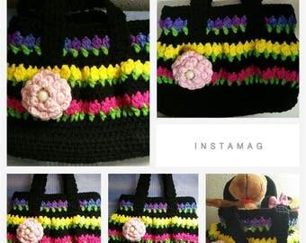 Crochet  bag with tulip design