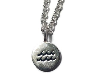 The Longbeach Wave Pendant Necklace .925 Sterling Silver