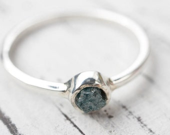 Dainty Rough Blue Diamond Silver Ring (Bezel Set)