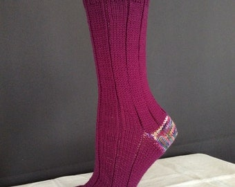 Wool/nylon crew socks red purple contrasting heel/toe womens large/mens small rs017