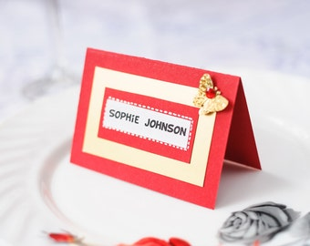 Red place cards Wedding place card Place cards with butterfly Custom place cards Red wedding Name card Gold place cards Table decoration