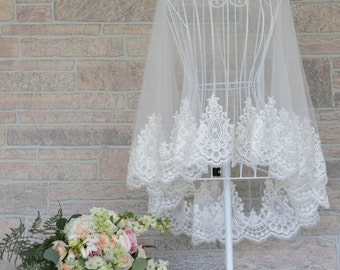 Tulle Lace Cape, Bridal Lace Cape, Bridal Capelet, Wedding Capelet, Wedding Cape, Lace Wedding Cape, Custom Bridal Cape. #B01B