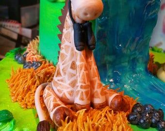 Handmade Edible Giraffe Cake or Cupcake Topper ~ Perfect for any Safari cake!!