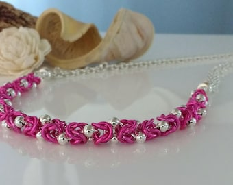 Chainmaille Necklet / Necklace / Bracelet with Coloured Jump Rings, Silver Beads and Magnetic Clasp
