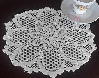 Vintage doily centerpiece - flower doilies - table linens - stitched