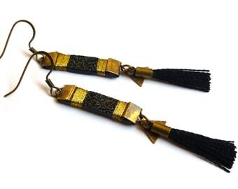 """Earrings black leather, light / / """"Mila"""" glitter black version"""